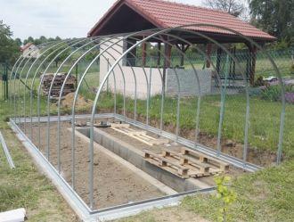 Zahradní skleník z polykarbonátu Gardentec Classic 4 mm + DOPRAVA ZDARMA GUTTA