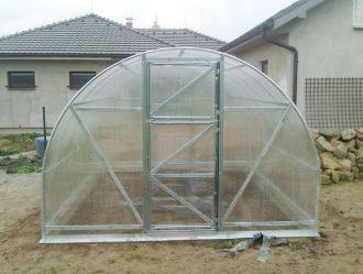 Zahradní skleník z polykarbonátu Econom 6 mm GUTTA